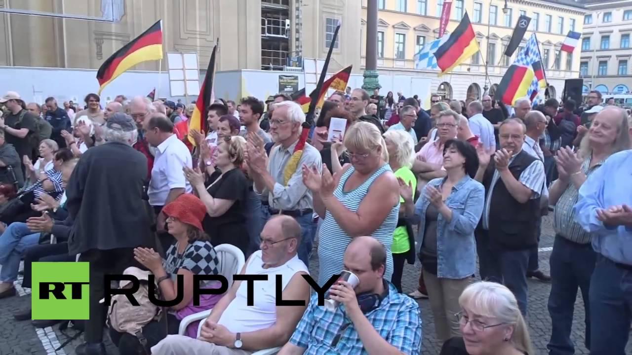 'Pegimon Go': Dozens arrested as Pokemon fans, Antifa face right-wing Pegida in Munich